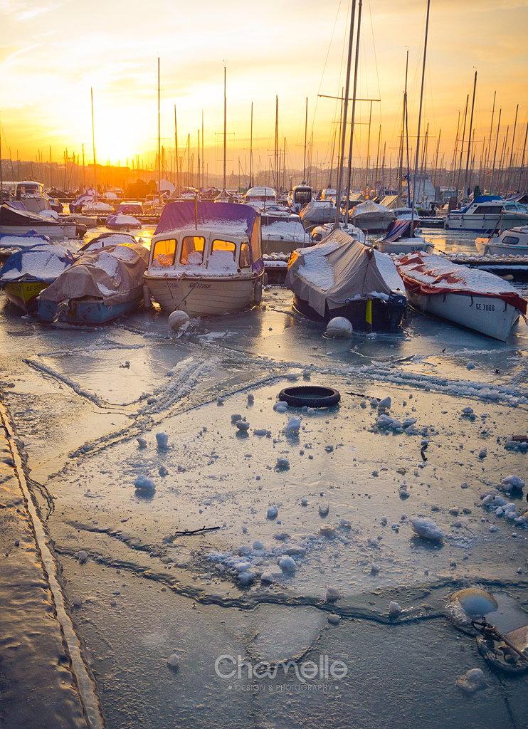geneva-switzerland-frozen-lake-ice-chamelle-photography-01