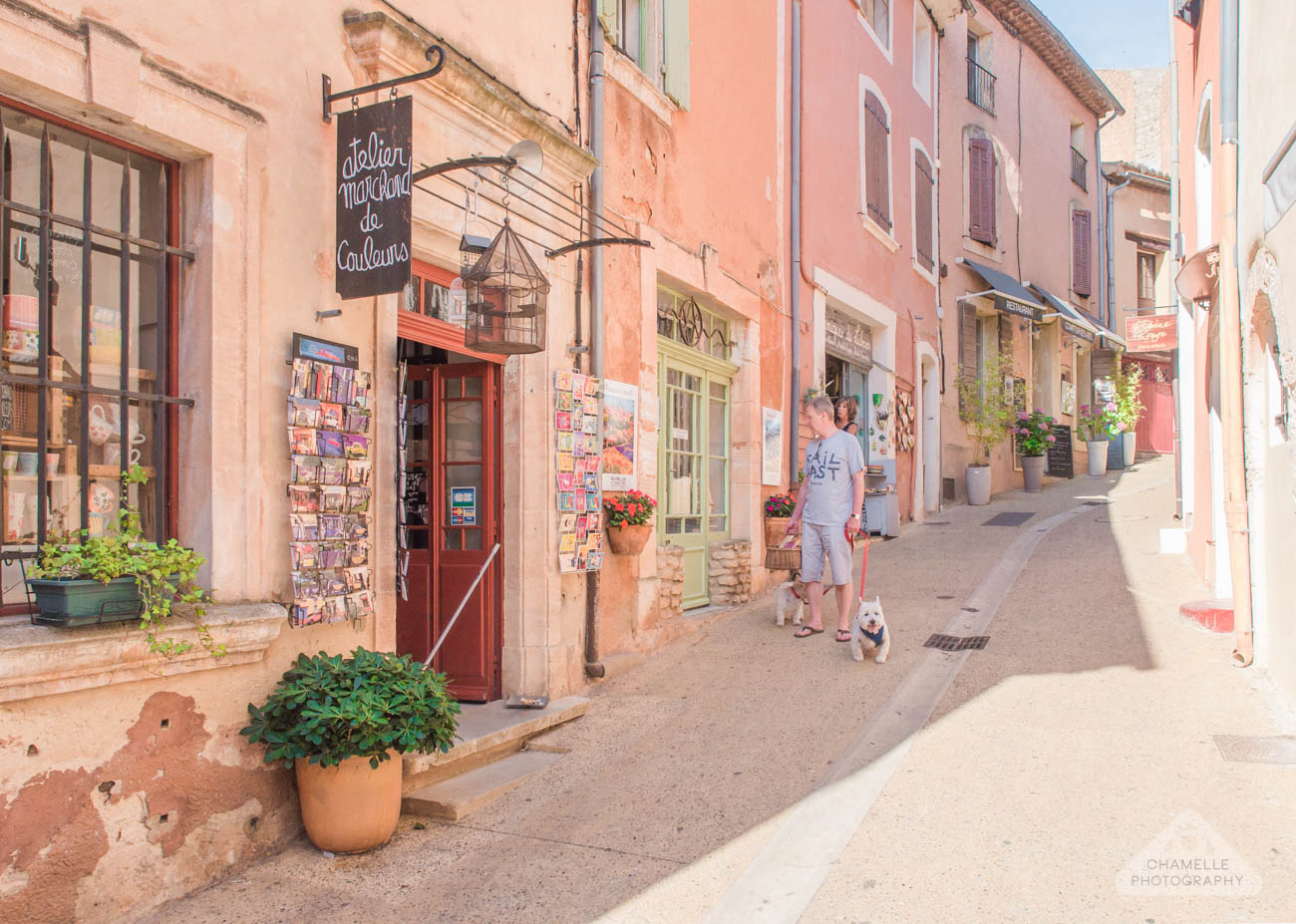 Roussillon ocre ochre Provence France lavender fields road trip