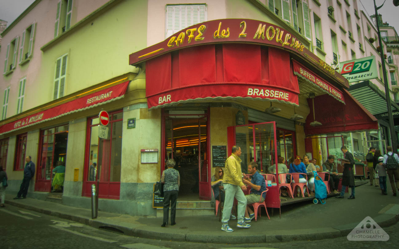 Amelie Poulain film locations Montmartre Paris France travel screenshots Cafe Les deux Moulin